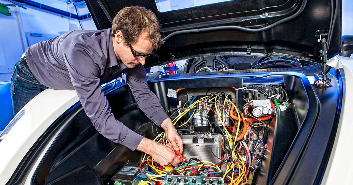 Ремонт электрооборудования автомобиля в Киеве фото