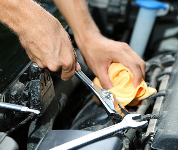 Ремонт двигателя автомобиля в Киеве фото 2