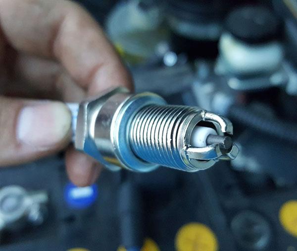 СТО «AUTOMAXSERVICE» | Замена свечей зажигания фото 3