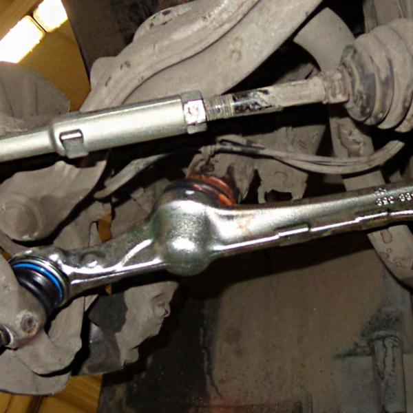 СТО «AUTOMAXSERVICE» | Замена тяги рулевого механизма в Киеве фото 1